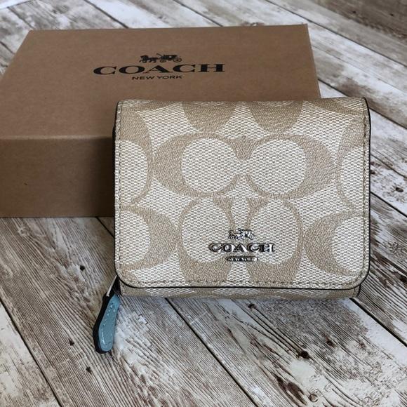 Coach Handbags - Coach mini Wallet